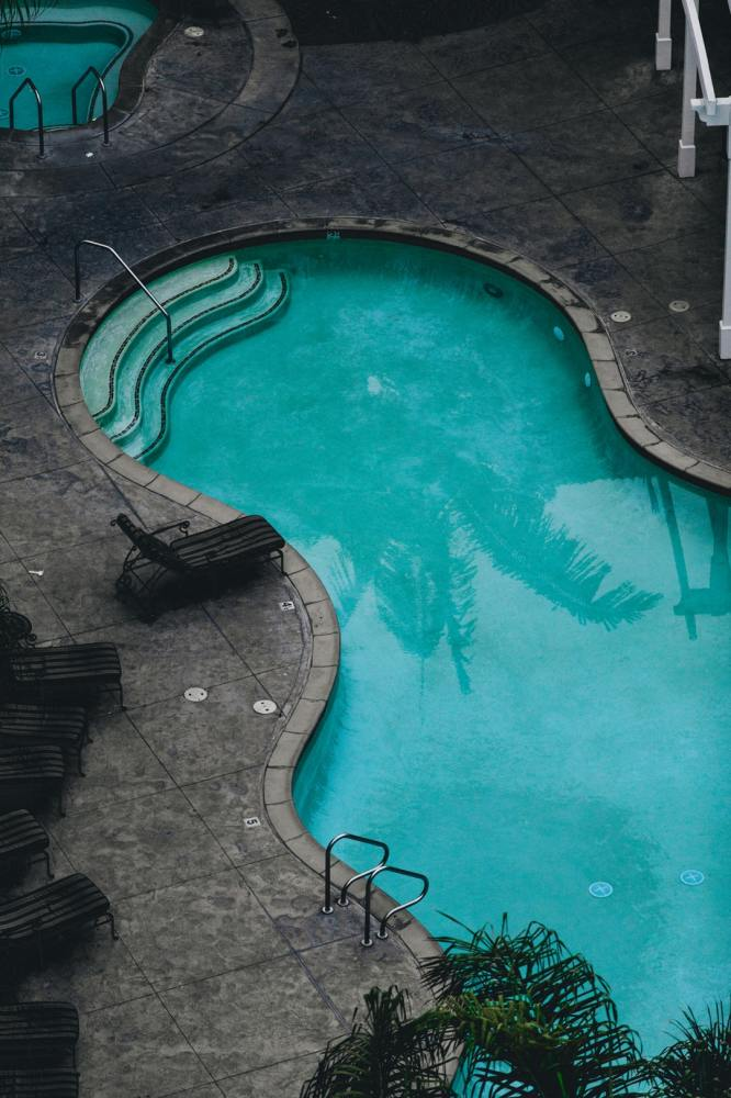 How to Become a Legit Swimming Pool Contractor
